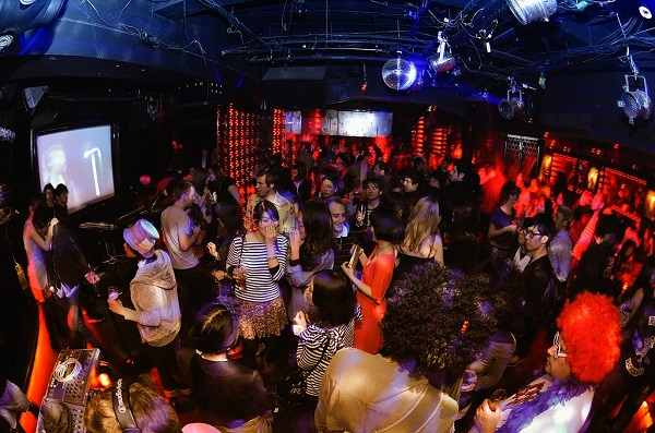 Clubs To Party In Paris